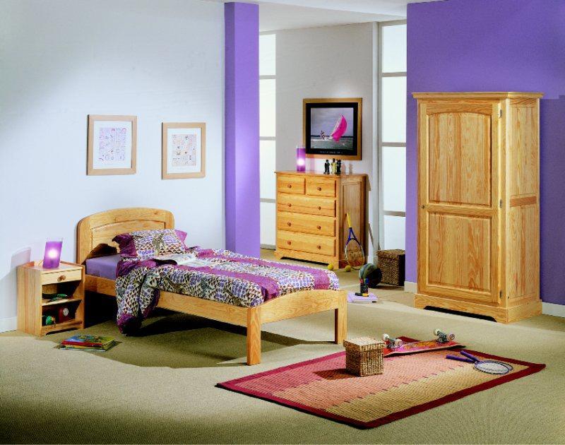 Les chambres en pin massif de fabrication régionale en ...