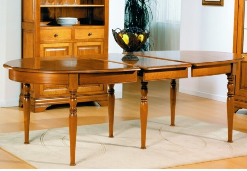 Tables de sjour en bois massif de meublaffairmeubles rochefort for Table de salle a manger avec rallonge