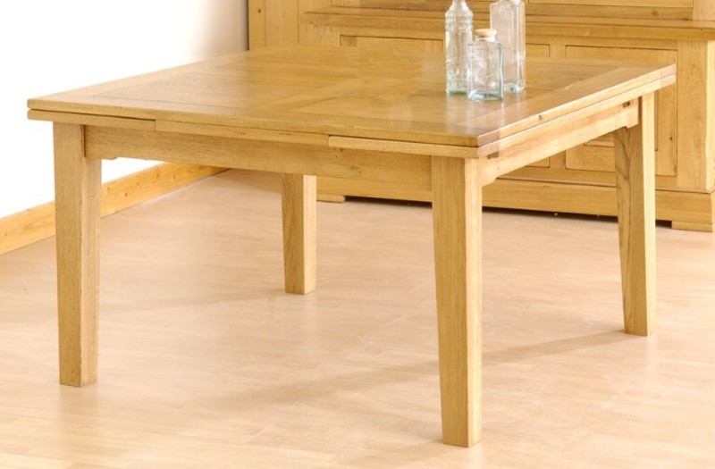 Tables de sjour en bois massif de meublaffairmeubles rochefort for Table chene massif extensible