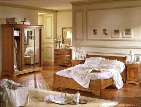 comment decorer une chambre en merisier. Black Bedroom Furniture Sets. Home Design Ideas